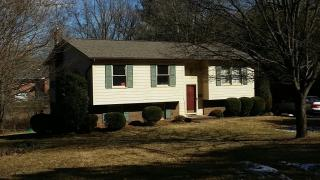 215 Key St, Boonville, NC 27011