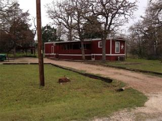 122 Peace Pipe, Smithville, TX 78957