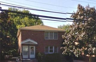 384 Dogwood Ave, Franklin Square, NY 11010