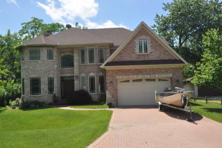 7606 Eleanor Place, Willowbrook IL