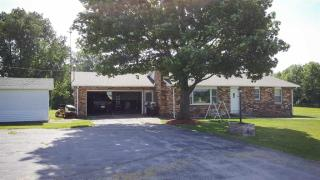 3167 North State Road 1, Pennville IN