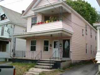 841-843 Oakwood Avenue, Schenectady NY