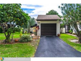 6441 Pinehurst Circle West #E25, Tamarac FL