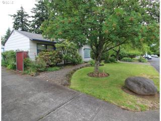 14521 Southeast Grant Street, Portland OR