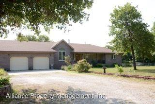 13312 Cedarwood Dr, Saint George, KS 66535
