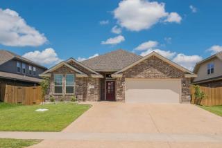 921 Emerald Dove Avenue, College Station TX