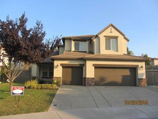 6725 Olive Point Way, Roseville, CA 95678