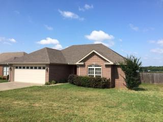 901 Greenwood Dr, Searcy, AR 72143