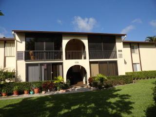 138 Lake Pine Circle #B2, Greenacres FL