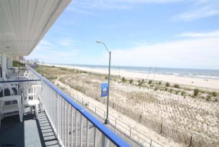 5800 Boardwalk, Ventnor City, NJ 08406