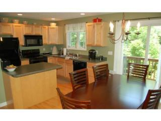 73 Crown Point Dr, Dover, NH 03820