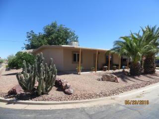 301 Peretz Circle, Morristown AZ