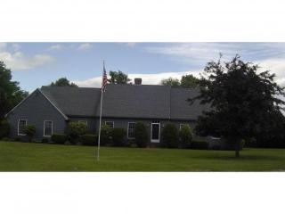 2 Fairway Drive, Dover NH