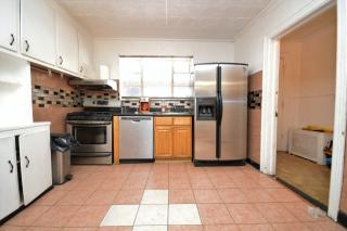 516 Dekalb Ave #TH, Brooklyn, NY 11205