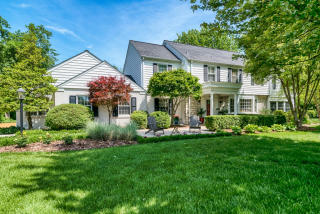 6 Fox Meadows Lane, Saint Louis MO