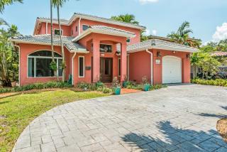 520 Madeira Avenue, Coral Gables FL