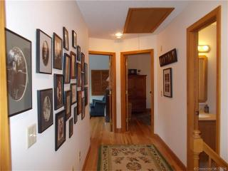 125 Whipporwill Ln, Torrington, CT 06790