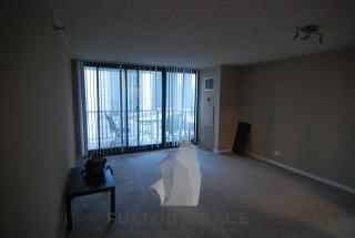 3660 N Lake Shore Dr #811, Chicago, IL 60613
