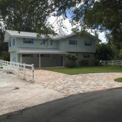 945 Southwest Rustic Circle, Stuart FL