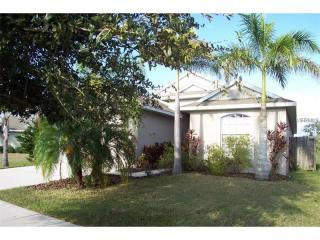 5140 Clover Mist Dr, Apollo Beach, FL 33572