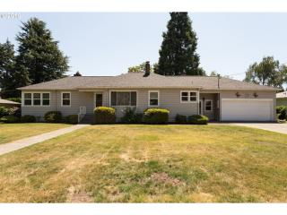 5470 Glen Echo Avenue, Gladstone OR
