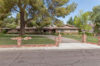 4239 West Pinecrest Circle, Las Vegas NV