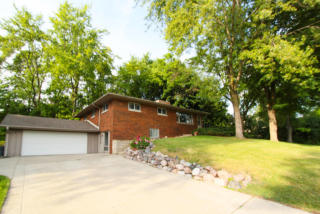 18650 Beverly Hills Drive, Brookfield WI