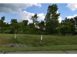 6095 Whispering Meadows Drive, White Lake MI