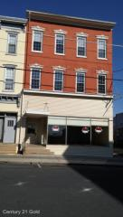 33 S 4th St, Hamburg, PA 19526