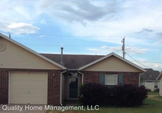 813 Walters Dr, Manhattan, KS 66502