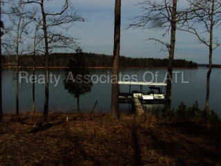 149 Foxtail Dr, Hartwell, GA 30643