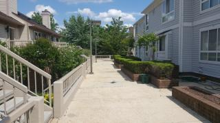 73 Hawthorne Ct NE, Washington, DC 20017
