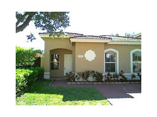 8086 Northwest 199th Terrace, Hialeah FL