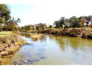 Quiet Oak Cove, Liberty Hill TX