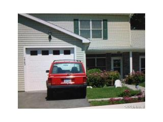 113 Mill Creek Ln, Sackets Harbor, NY 13685