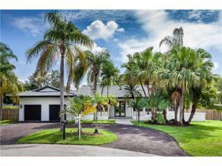 10621 Southwest 76th Avenue, Pinecrest FL