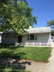 2315 Hazelwood Ave, Fort Wayne, IN 46805