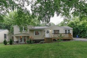 504 East Oak Street, Lake in the Hills IL