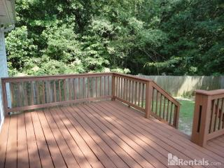 1925 Edgeleaf Dr, Willow Spring, NC 27592