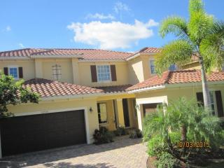 10504 Longleaf Ln, Wellington, FL 33414