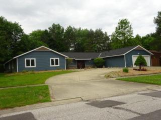 12228 Windcliff Road, Strongsville OH