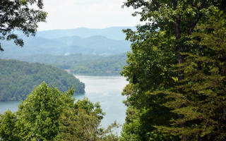 21 Eagles View Road, Hayesville NC