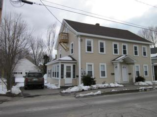 48 Maple St #8, Rochester, NH 03867