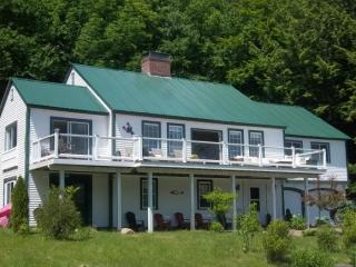 2497 Stinson Lake Rd, Rumney, NH 03266
