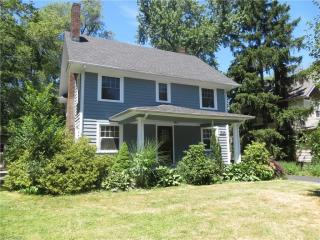 1624 Rydalmount Road, Cleveland Heights OH