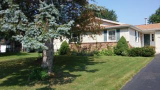 59 Long Wood Dr, Rochester, NY 14612