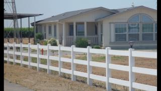 469 S Academy Ave, Sanger, CA 93657