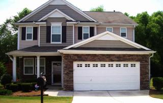 2722 Groovers Lake Pt, Lithia Springs, GA 30122