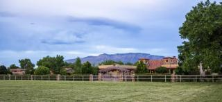 498 Applewood Road, Corrales NM