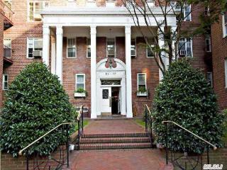 11250 78th Avenue #1B, Forest Hills NY